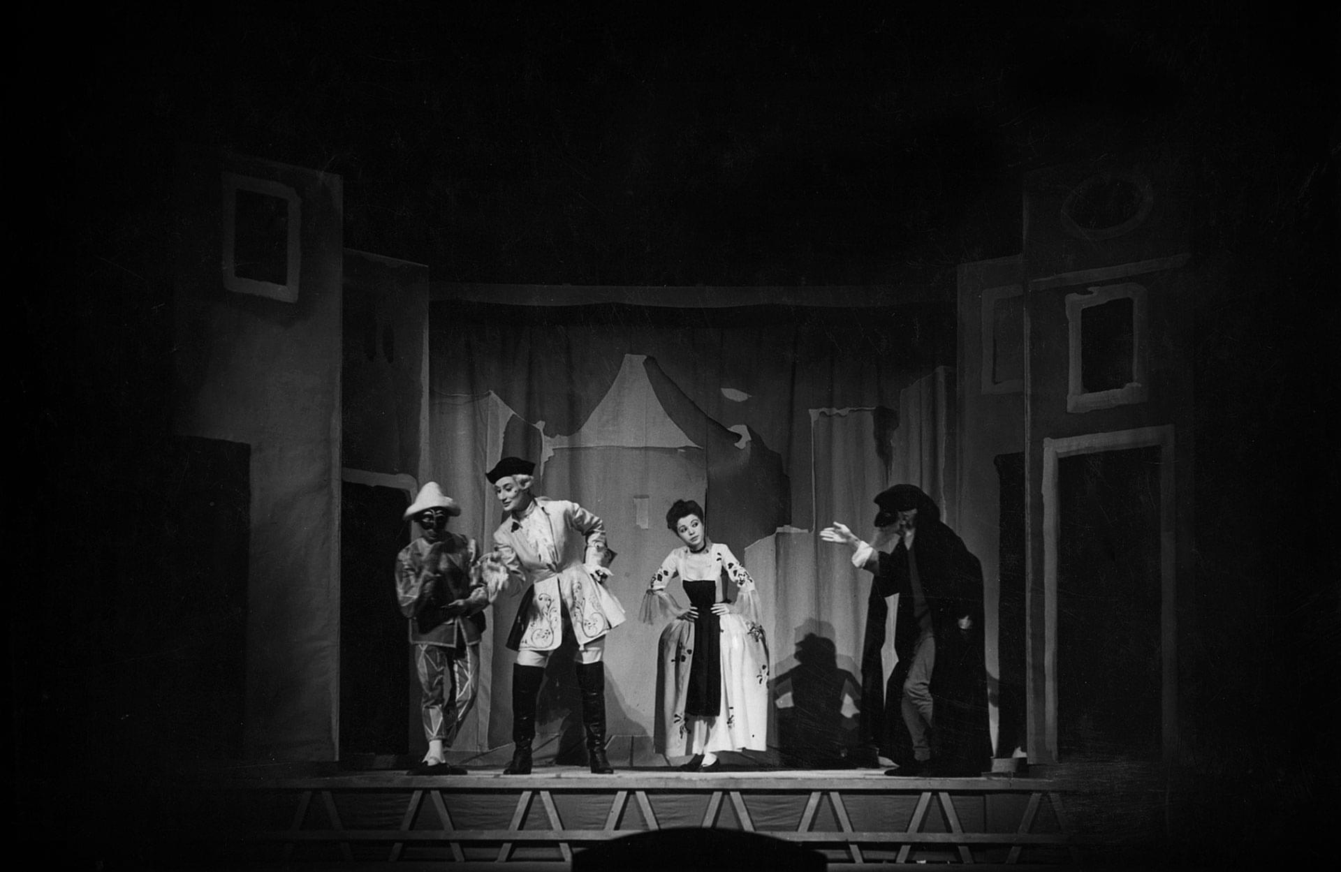 Marcello Moretti, Elena Zareschi, Anna Maestri e Antonio Battistella - Archivio Piccolo Teatro di Milano